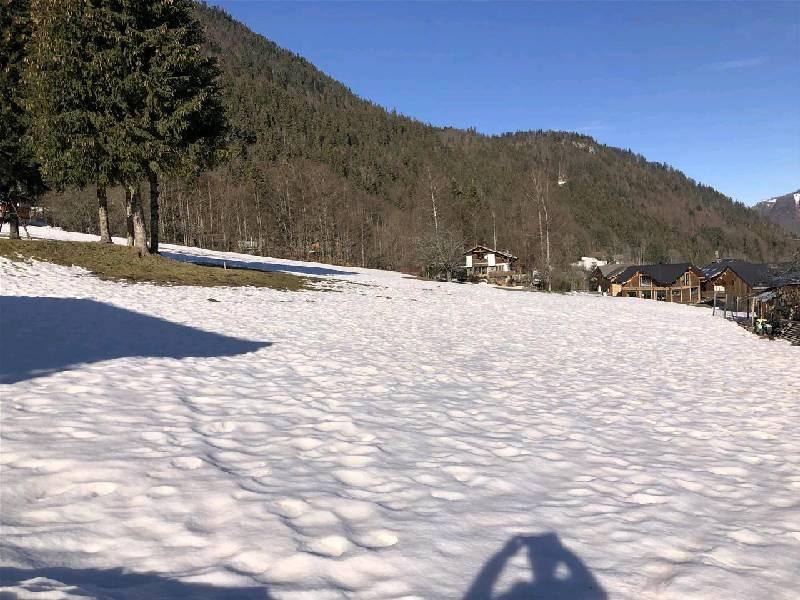 Terrain - ESSERT-ROMAND